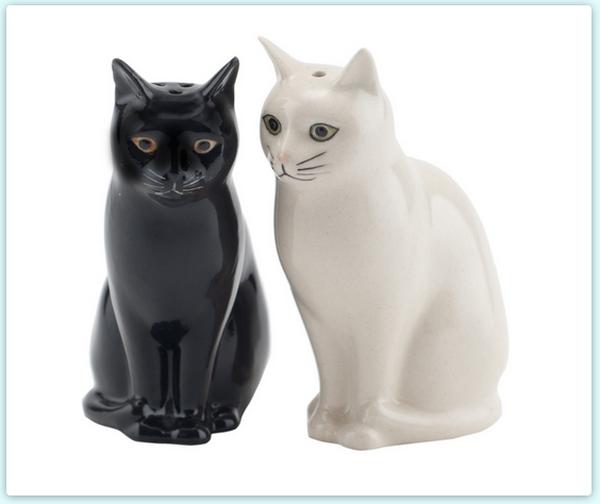 cat-salt-and-pepper-shakers