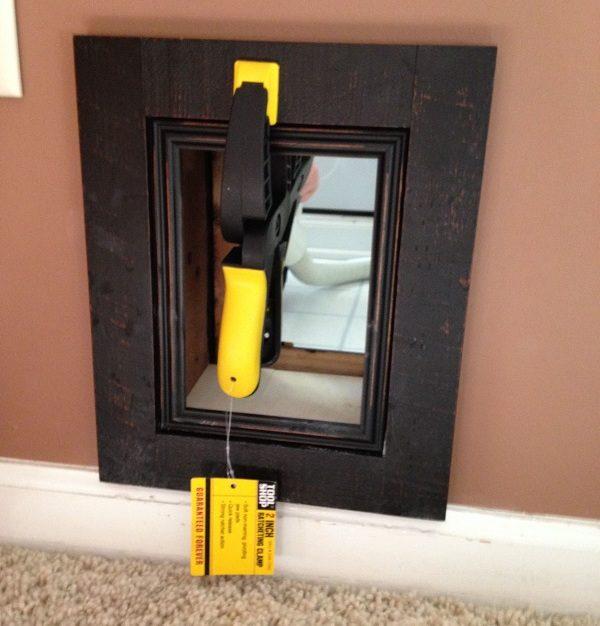 3-cat-door-clamping-passage