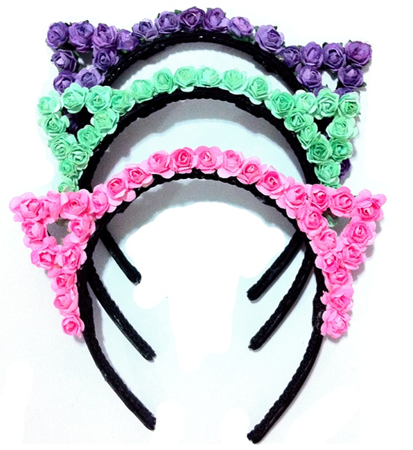 Be the Cat of Your Dreams: Wear a Cat-Ears Headband