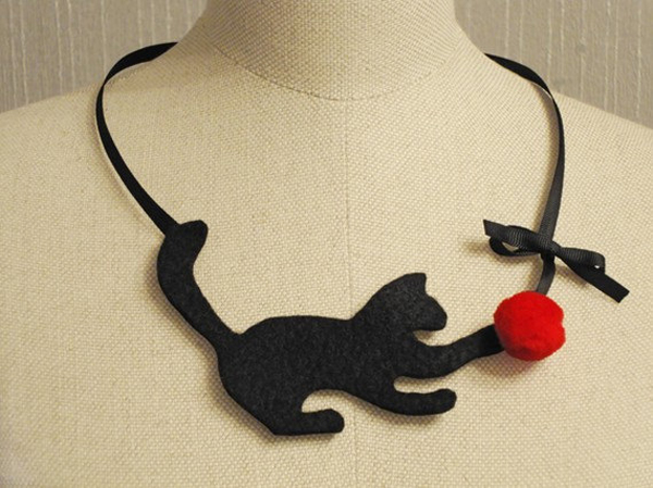 The Felt Kitty Necklace by Five o' Clock's is to Purr For