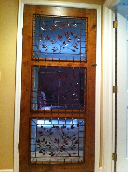 R explained that this door was functional as well as beautiful. R needed a way to keep the cats out of the bedroom at night. When she introduced the two new ... & How Do You Creatively Keep Your Cats Out of Certain Places? - Catster