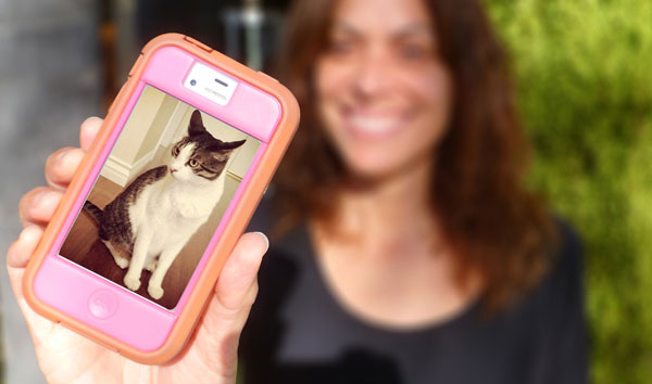Do You Start Conversations by Talking About Cats?
