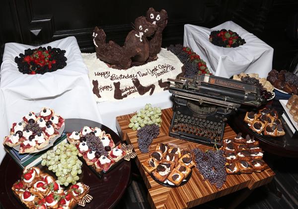 algonquin-cat-dessert-buffet
