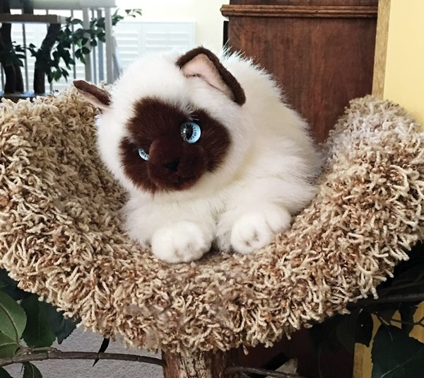 cat-souvenirs-Matilda-plush