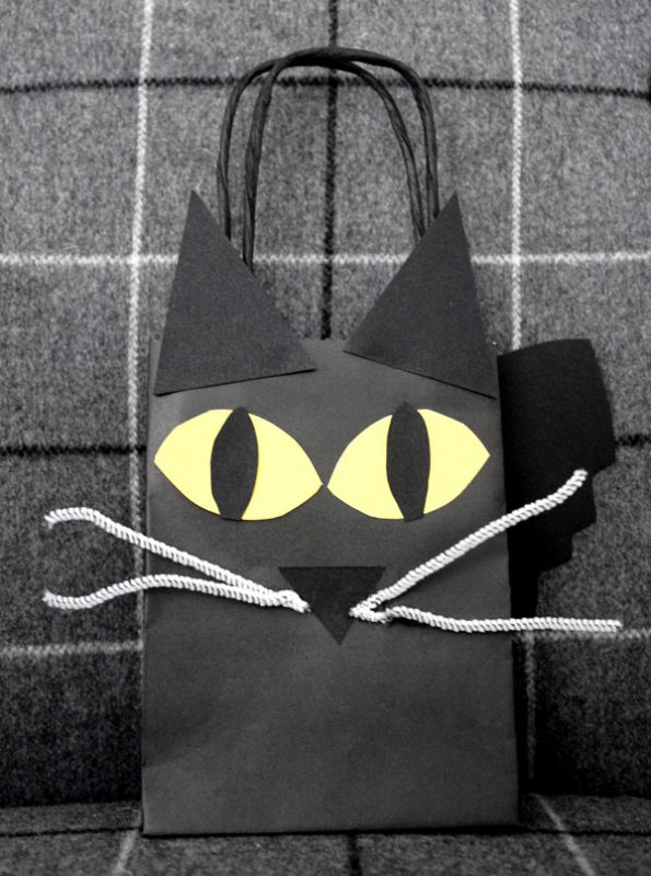 diy-black-cat-treat-bag-01