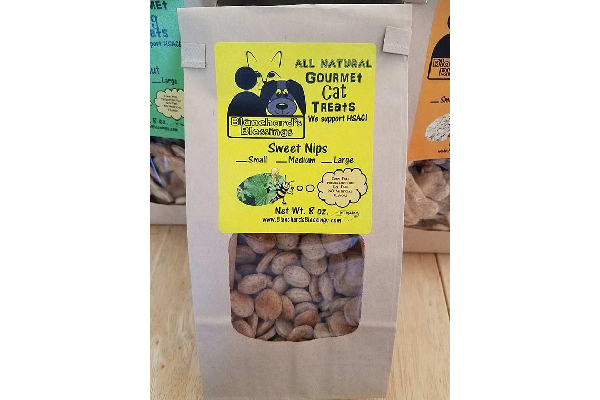 All Natural, 100% Organic, Gourmet Cat Treats, Blanchard's Treats